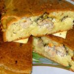 Как в духовке можно приготовить вкусный заливной пирог с курицей и картошкой