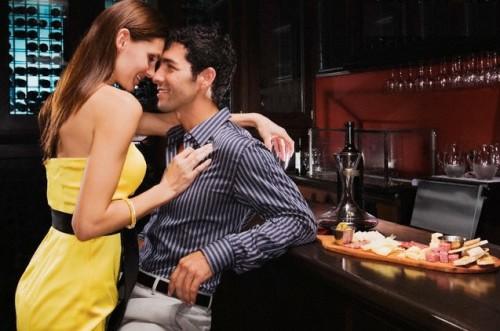 Русское порно барышня соблазнила парня своими голыми