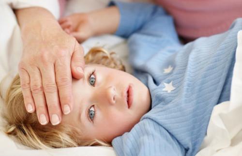 У ребенка высокая температура тела