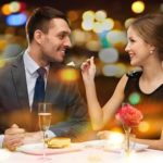 Как правильно ухаживать за женщиной: советы психолога
