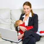 ТОП 10 способов заработка для девушки в декретном отпуске