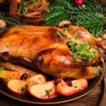 Как приготовить гуся в духовке, чтобы мясо было мягким и сочным: 5 лучших способов