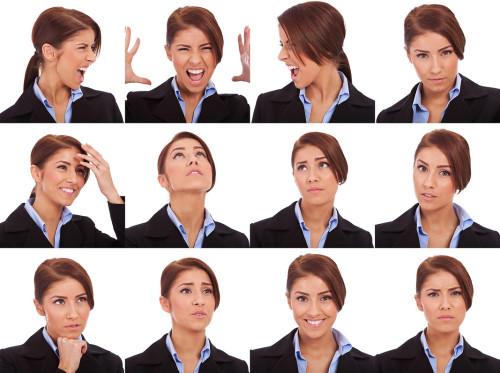 12 разных эмоций одной девушки