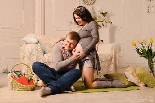 Муж и жена ждут ребёнка